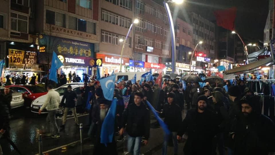80729916_2682642281770775_2357255696187129856_n Zeytinburnunda Doğu Türksitan yürüyüşü gerçekleşti