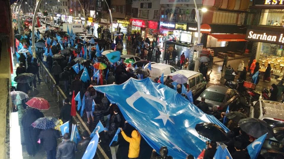 80735654_2682630855105251_1142709326507409408_n Zeytinburnunda Doğu Türksitan yürüyüşü gerçekleşti