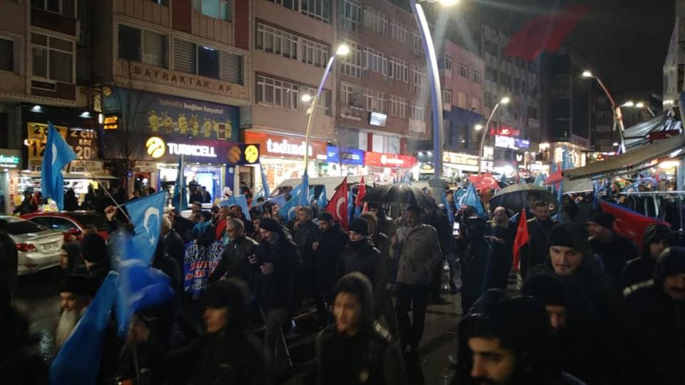 80981152_2682630991771904_6007789915658518528_n Zeytinburnunda Doğu Türksitan yürüyüşü gerçekleşti