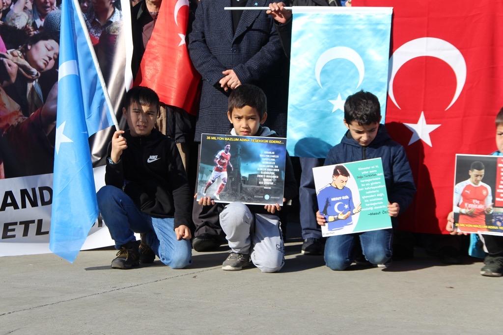 8786FAFF-EF52-4B1E-9018-983C33F94BCD Türkiye Kamu-Sen İstanbul şubeleri tarafından Doğu Türkistan basın açıklaması