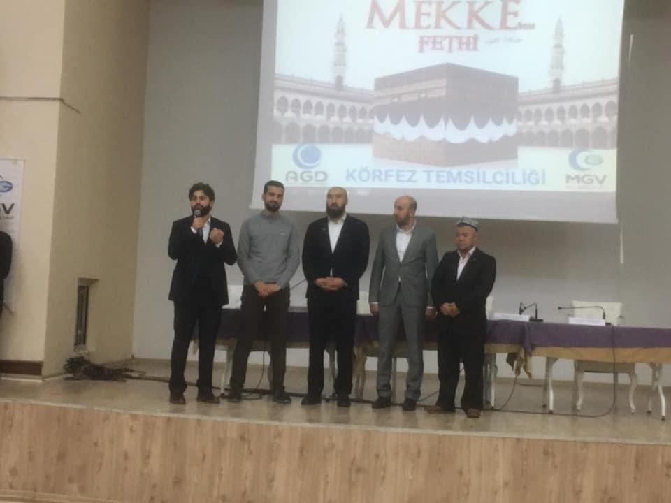 80822751_10220536305336304_741094227512918016_n Mekkenin fethi programında Doğu Türkistan