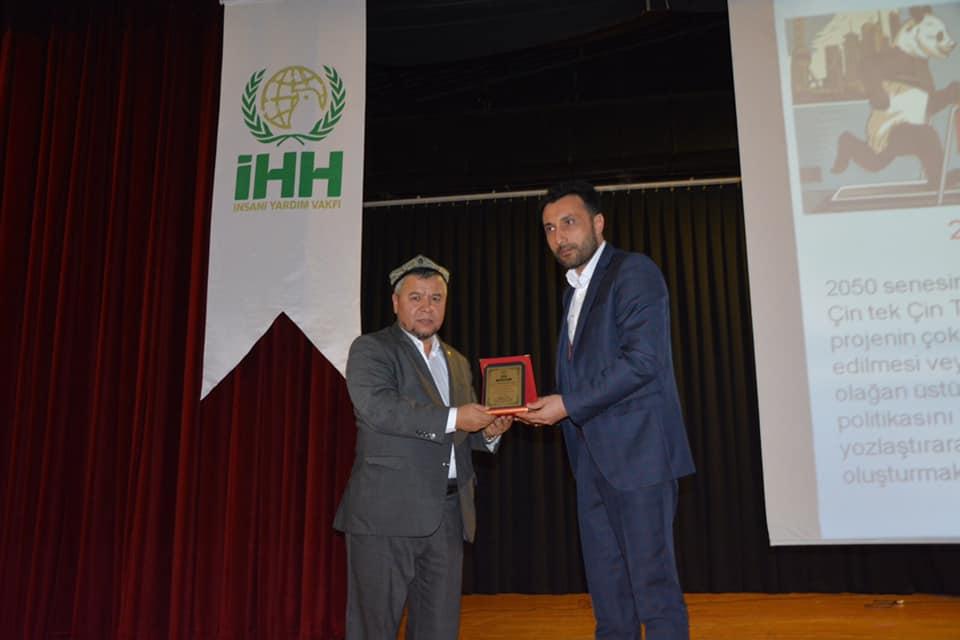 81008719_10220569335922048_5930500978439618560_n Ereğlide unutulan vatan Doğu Türkistan konulu konferans düzenlendi