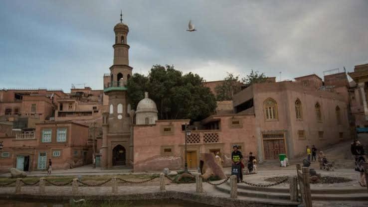 81711348_1038037206563915_4157534853698420736_n Çin Doğu Türkistan'da Uygur kültürü ve medeniyetini silmeye çalışıyor