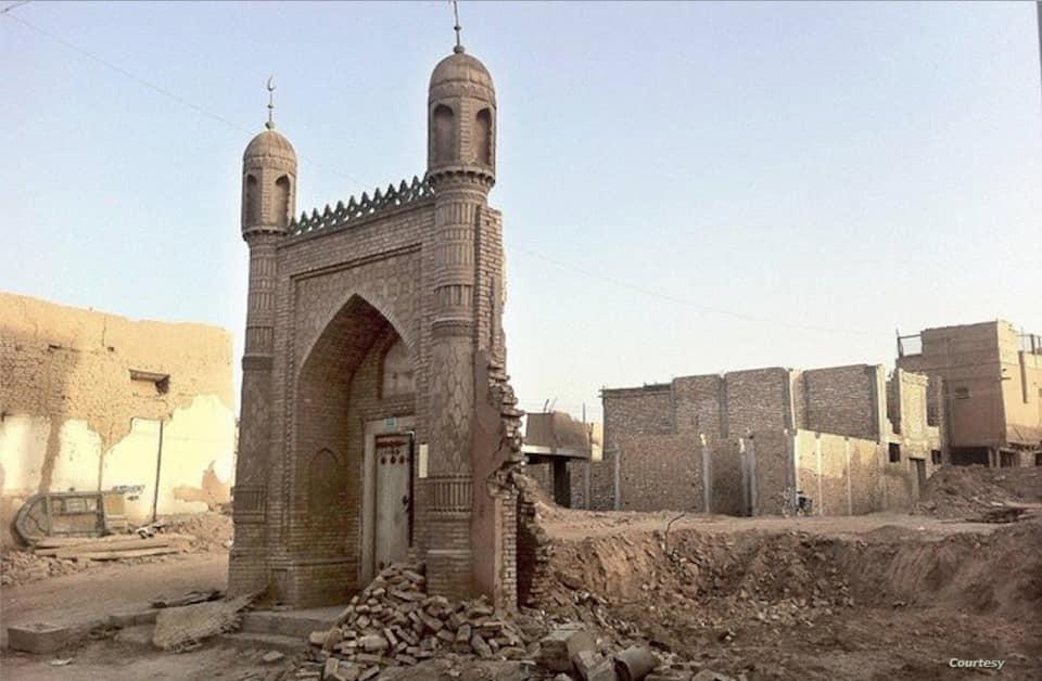 81774561_1038036953230607_2309002769408720896_n Çin Doğu Türkistan'da Uygur kültürü ve medeniyetini silmeye çalışıyor