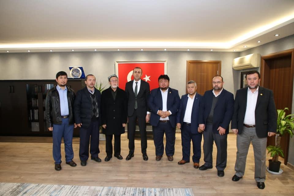 85172121_2808626565839012_8271129799661977600_n Hidayet OĞUZHAN ve beraberindeki Doğu Türkistan heyeti K.Çekmeci kaymakanı ziyaret etti