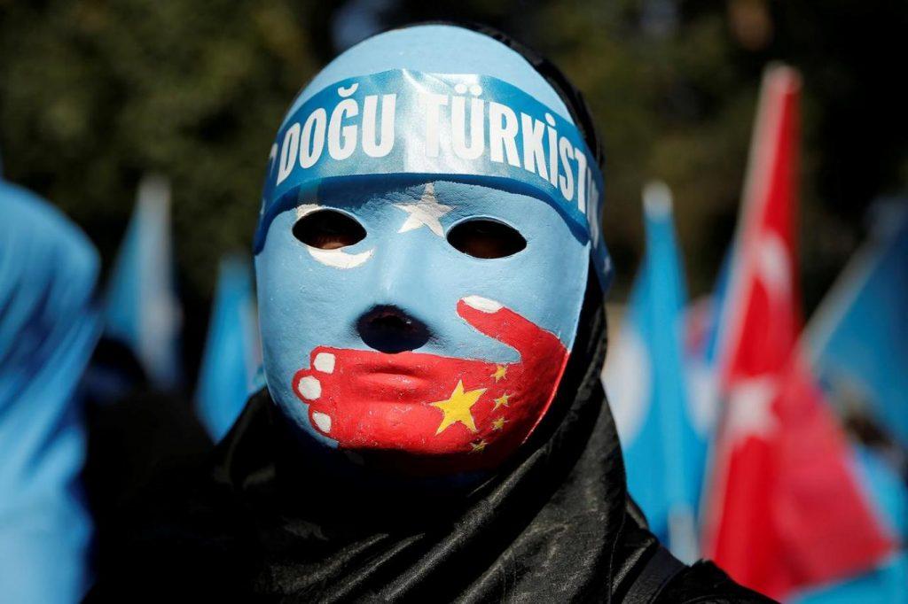 319671-460953227-1024x682 Çin kendi insanına bile kötü davranıyor; HIV'in Uygur bölgelerinde yayılmasını da devlet sağlamıştı