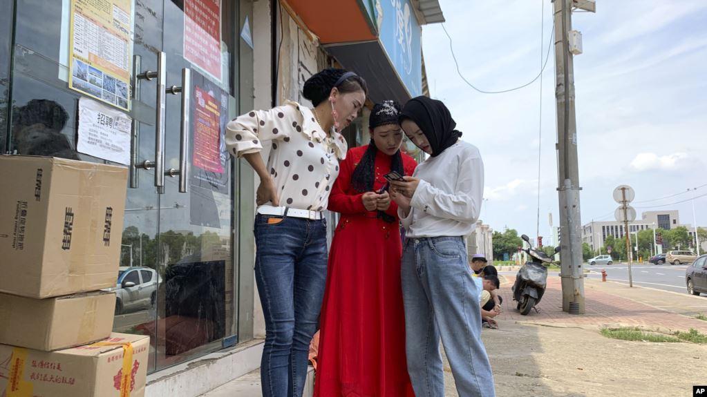 A6FF3B8B-FF15-4D94-BF2C-4CB9DE3AFDA9_w1023_r1_s Uygur Diasporası Baskıya Sosyal Medyada Direniyor