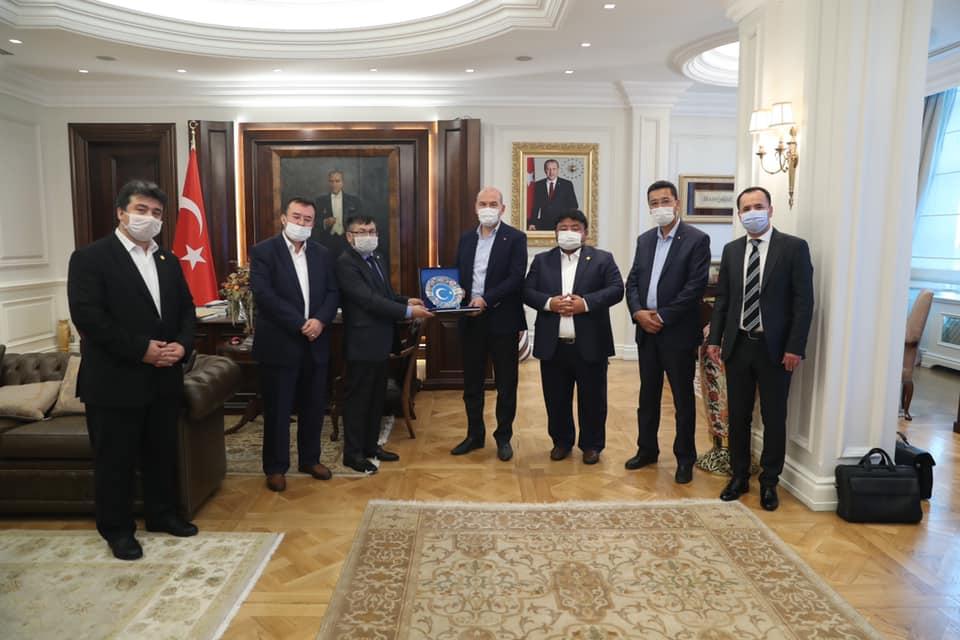 117336393_1196288344072133_5123003849945575763_n-1 Doğu Türkistan Heyeti İçişleri bakanı ziyaret etti