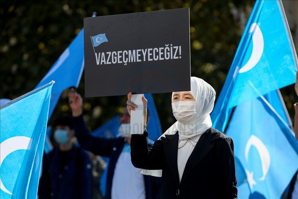 thumbs_b2_9b10deb18a699b18eb2aaa74928351e9 İstanbul'da Doğu Türkistanlılardan Çin işgaline tepki