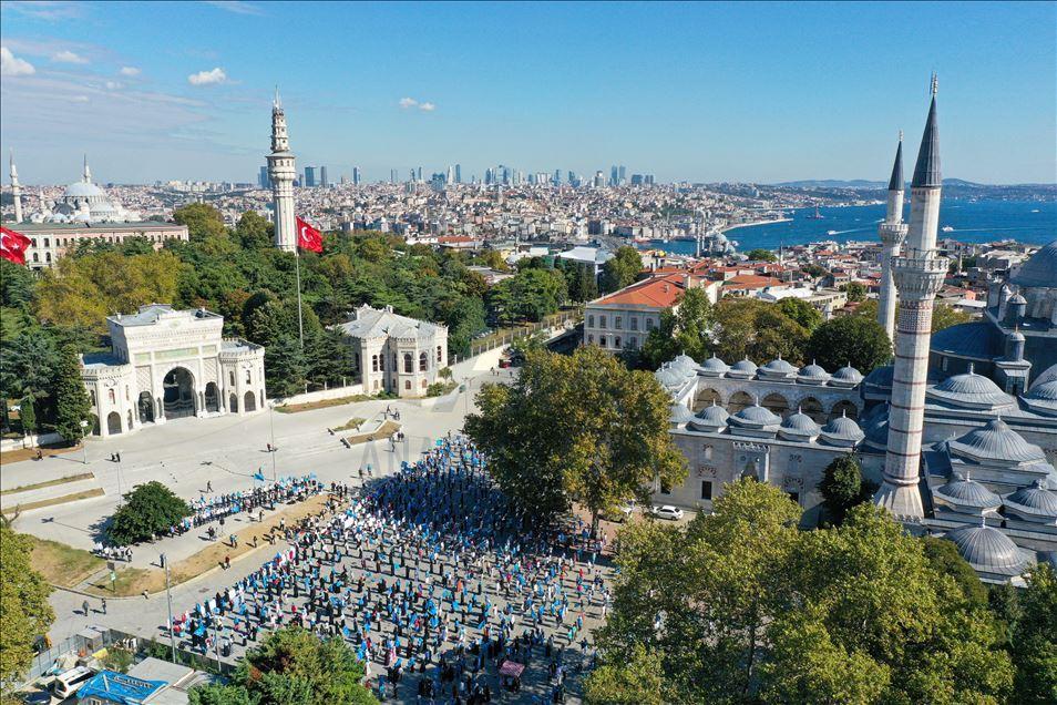 thumbs_b2_c622ec3a0f0005e99377f8a2e5629ffb İstanbul'da Doğu Türkistanlılardan Çin işgaline tepki