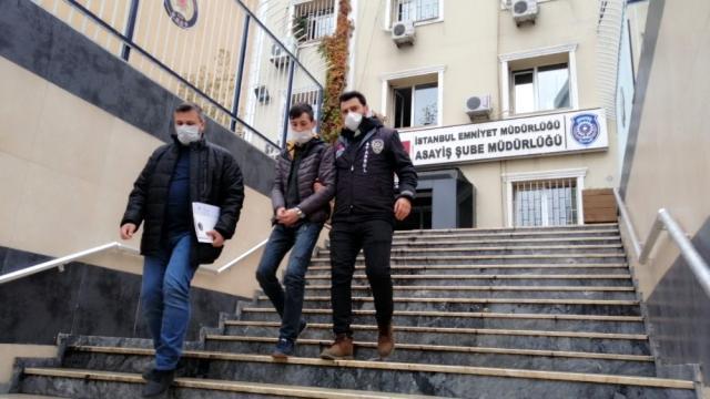 Jinayetchi-Aliyov-sakchilar-terefindin-tutulup-elip-manghan-kurunushi2 Avcılar'da Uygur Türkü'nün silahla saldiran iki cani tutuklandı