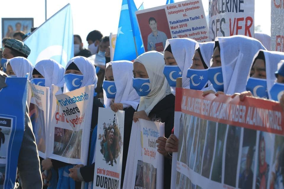 158442004_3807161715985487_3128352813839117380_n Doğu Türkistan'da kadın olmak konulu Protesto ve Basın açıklaması gerçekleşti