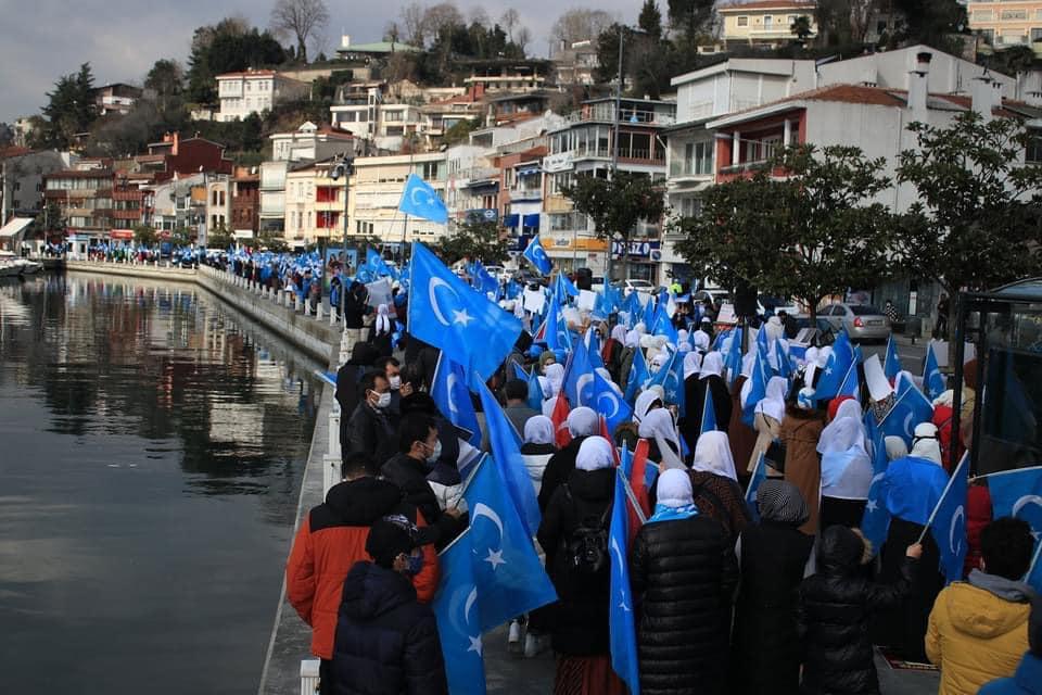 158447740_3807161705985488_3942938574467011530_n Doğu Türkistan'da kadın olmak konulu Protesto ve Basın açıklaması gerçekleşti