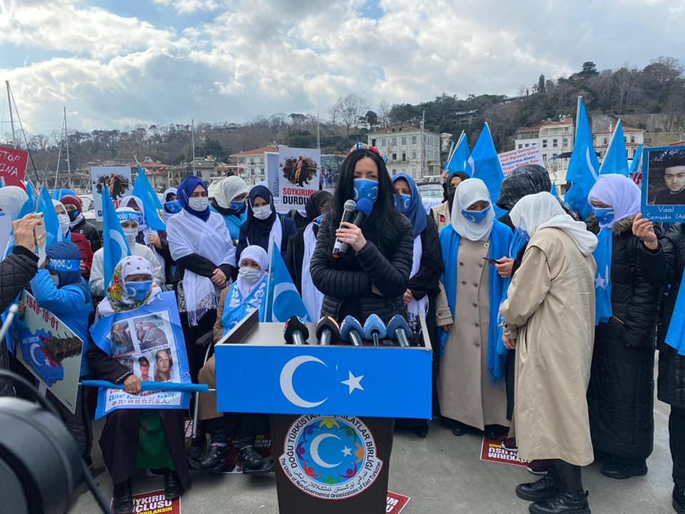 158573629_3805971172771208_4687393722204606231_n Doğu Türkistan'da kadın olmak konulu Protesto ve Basın açıklaması gerçekleşti