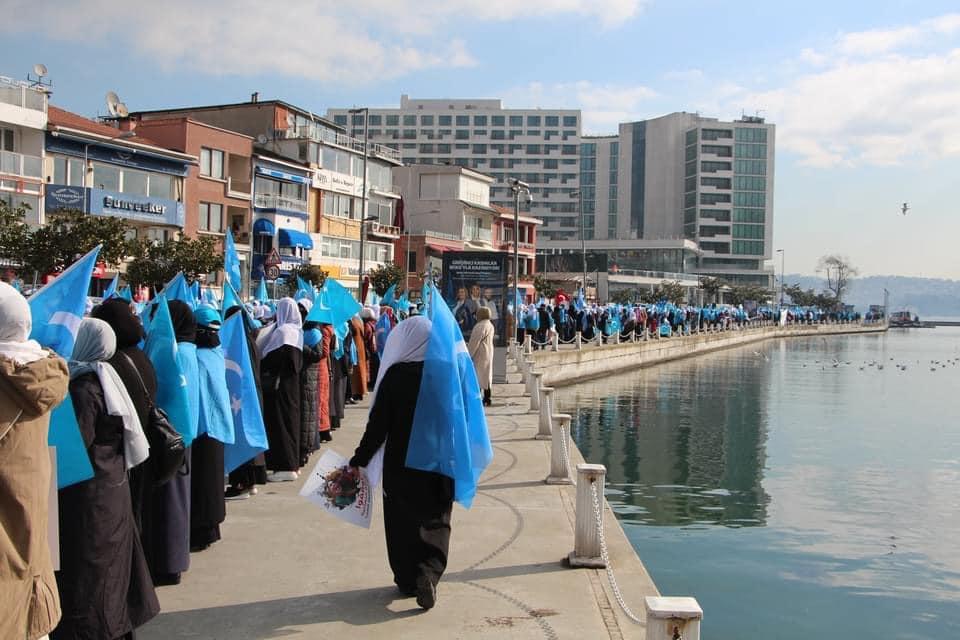 158639739_3807161505985508_5326089629441337763_n Doğu Türkistan'da kadın olmak konulu Protesto ve Basın açıklaması gerçekleşti