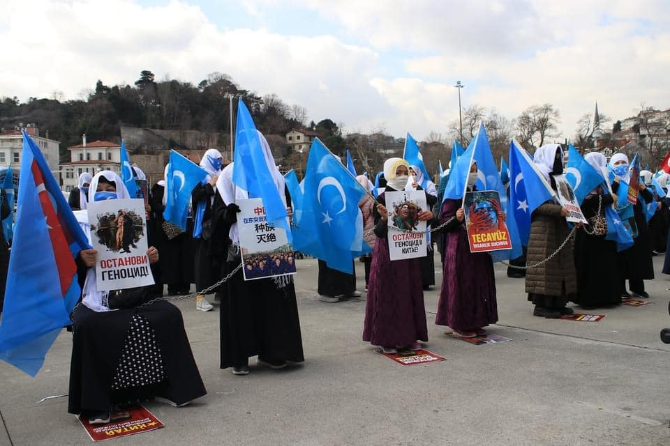 158819771_3807161619318830_2923988371894487177_n Doğu Türkistan'da kadın olmak konulu Protesto ve Basın açıklaması gerçekleşti